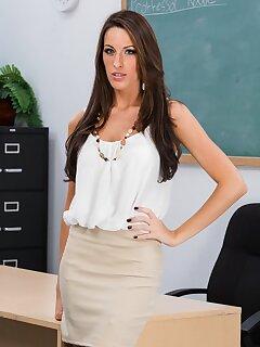 Skirt Mature Pics